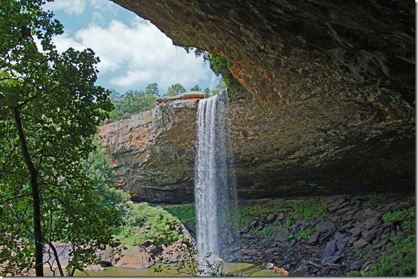 140814b Under Noccalula Falls