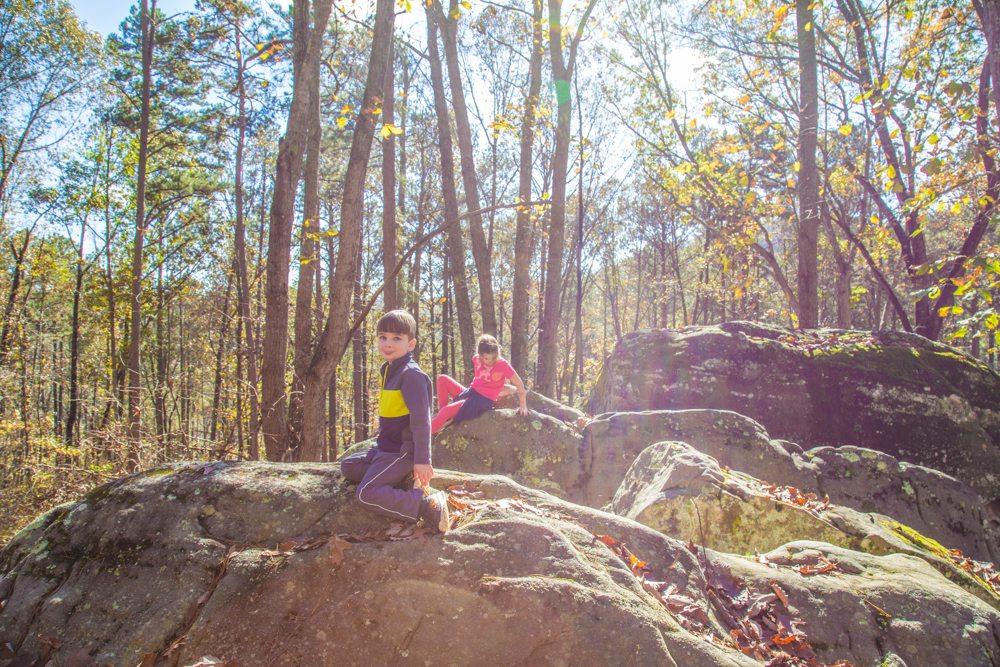 151110m-Boulders-on-the-Trail-Guntersville
