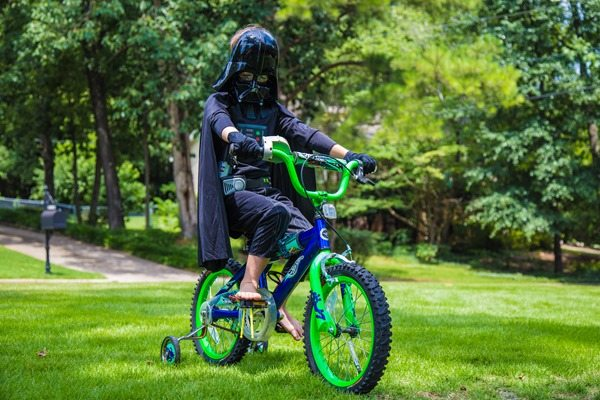 Depressed-Darth-on-Bike