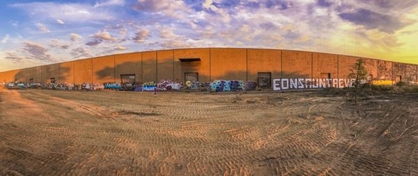 161014z Graffiti Building Panorama