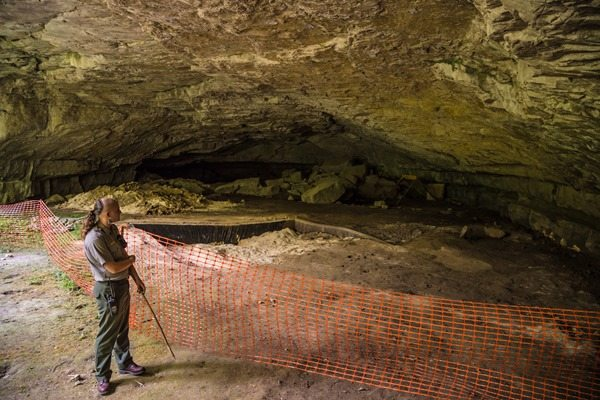 Russell-Cave_MG_5430